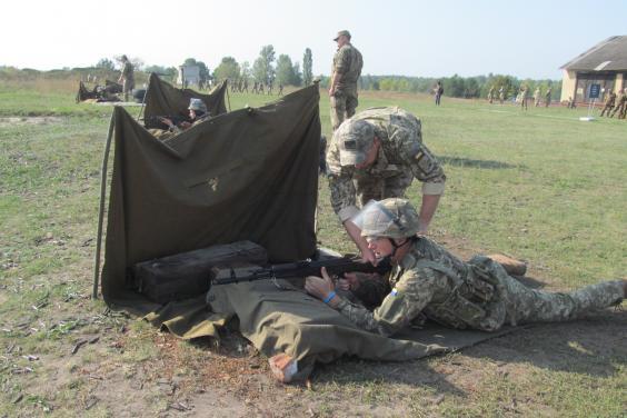 На Харьковщине сотни бойцов подразделений теробороны прошли боевые стрельбы (ФОТО)