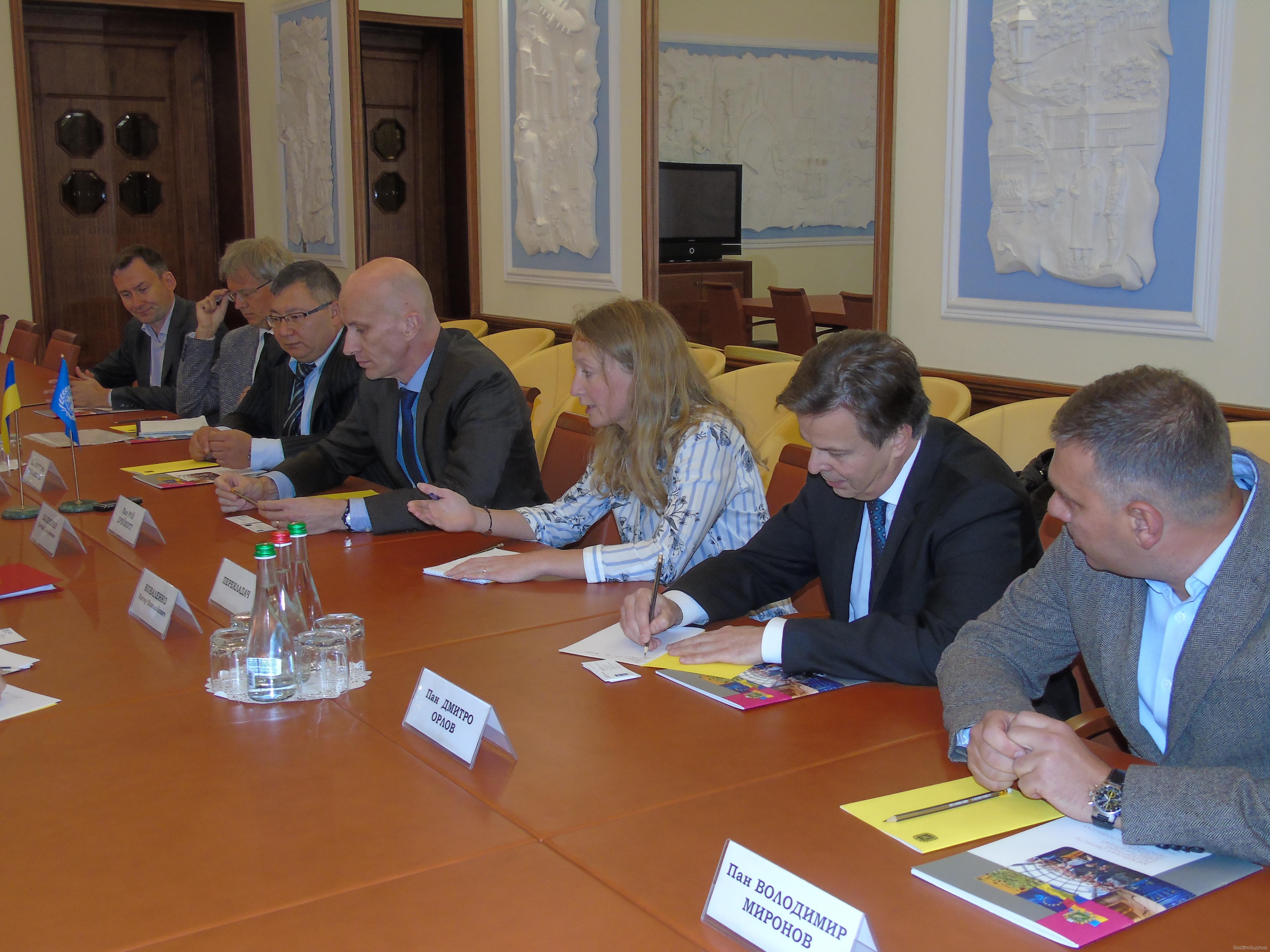 В Харькове обсудили методы развития области (ФОТО)