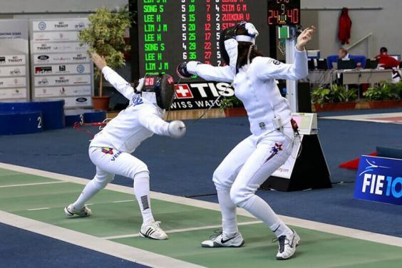 Юные шпажисты успешно выступили на международных соревнованиях