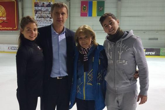 В ХОГА поздравили Александру Назарову и Максима Никитина