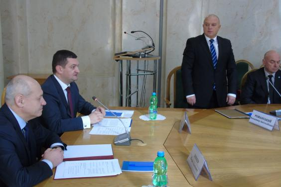 Марк Беккер и Роман Чернега представили нового руководителя областного ГУ Гоструда