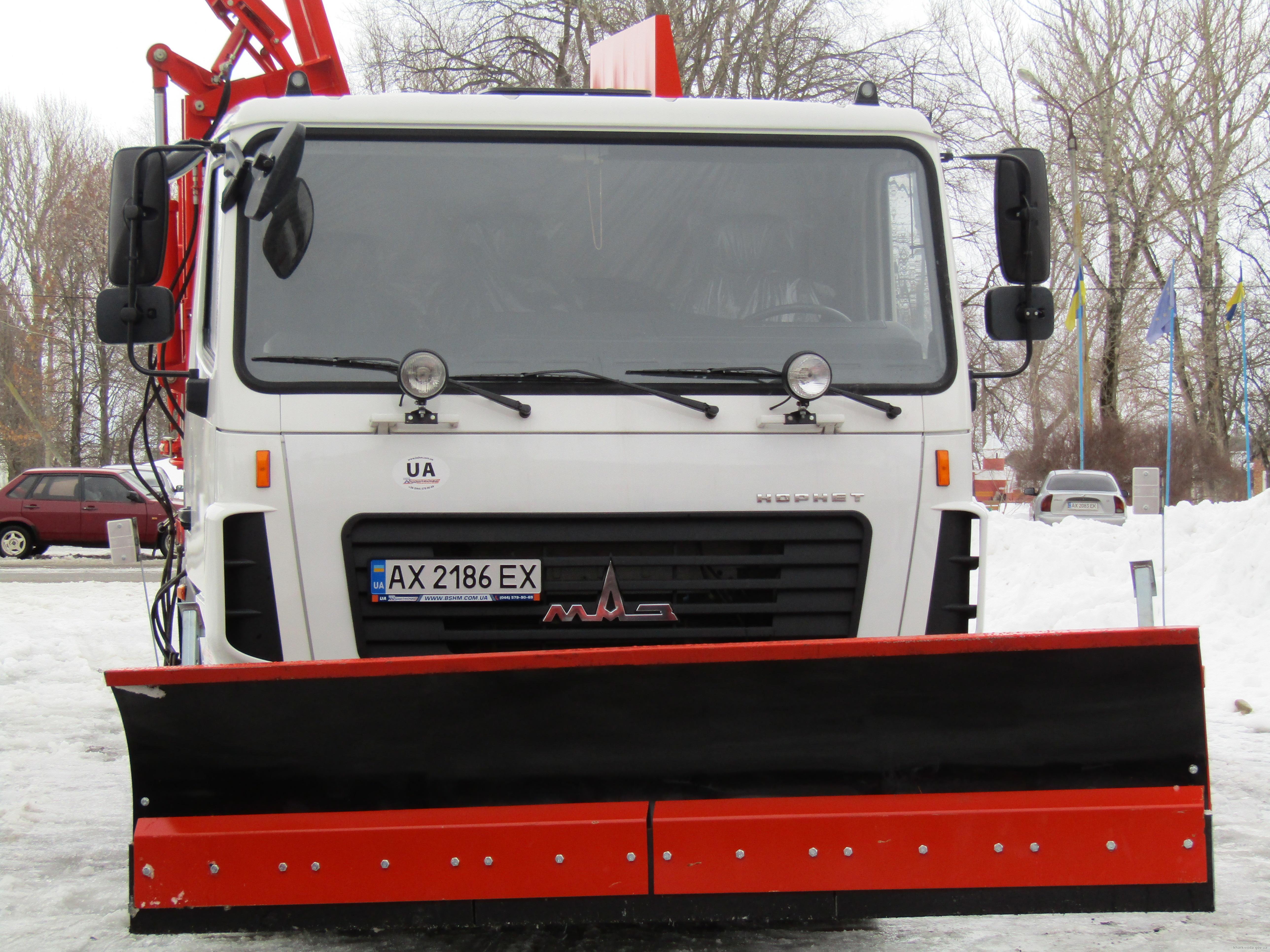 При поддержке Светличной громаде Барвенково закупили хозтехнику (ФОТО)